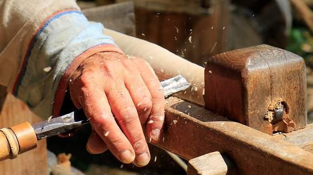 Lavoro il legno con passione