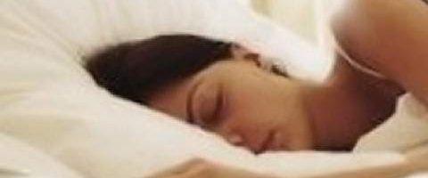 🍏 I segreti della nonna: gli 8 cibi che possono aiutarti a dormire meglio