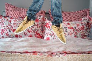 Non saltare mai sul letto