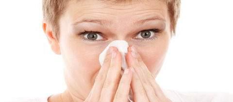 Come puoi riposare meglio col raffreddore