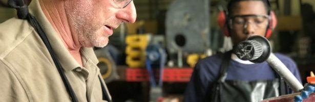 🤚 Falegname a Treviglio per costruzione e riparazione rapida ed efficace