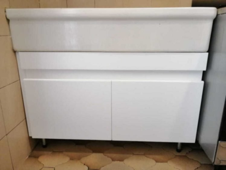 Mobile cucina sottolavello posato