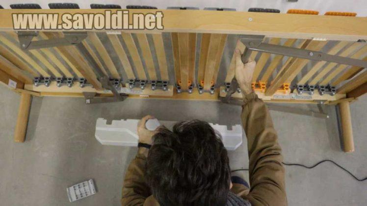 Come smontare il motore dalla rete a doghe elettrica