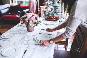 La misura del Tavolo da Pranzo Rettangolare per Natale, Capodanno, e altri giorni festivi o eventi